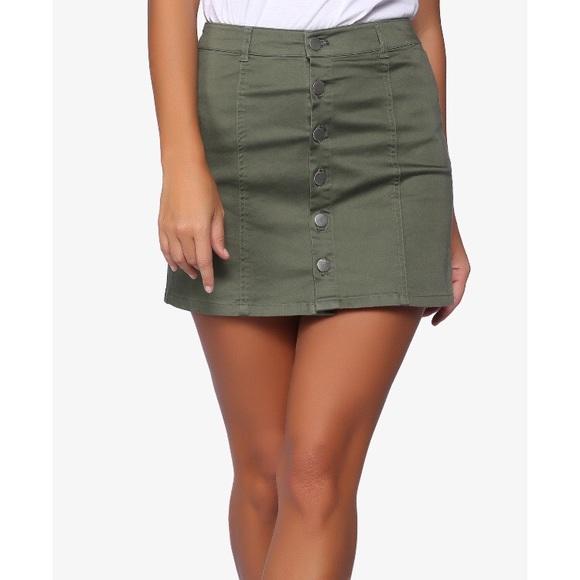 0ade812a1 M_5ab2f32d5521be02f49e9638. Other Skirts you may like. Forever 21 skirt